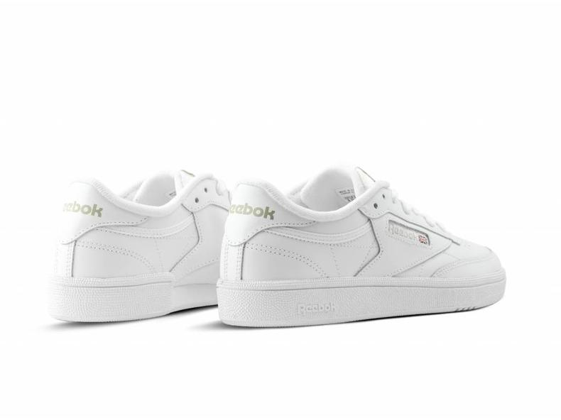 Club C 85 White Light Grey BS7685