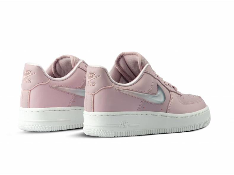 a1b1898dd460 Nike W Air Force 1  07 SE PRM Plum Chalk Obsidian Mist AH6827 500 ...