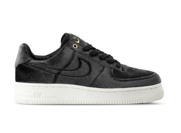 finest selection 41f9a 9db2e Nike Air Force 1 07 PRM 3 Black Black Sail Metallic Gold AT4144 001