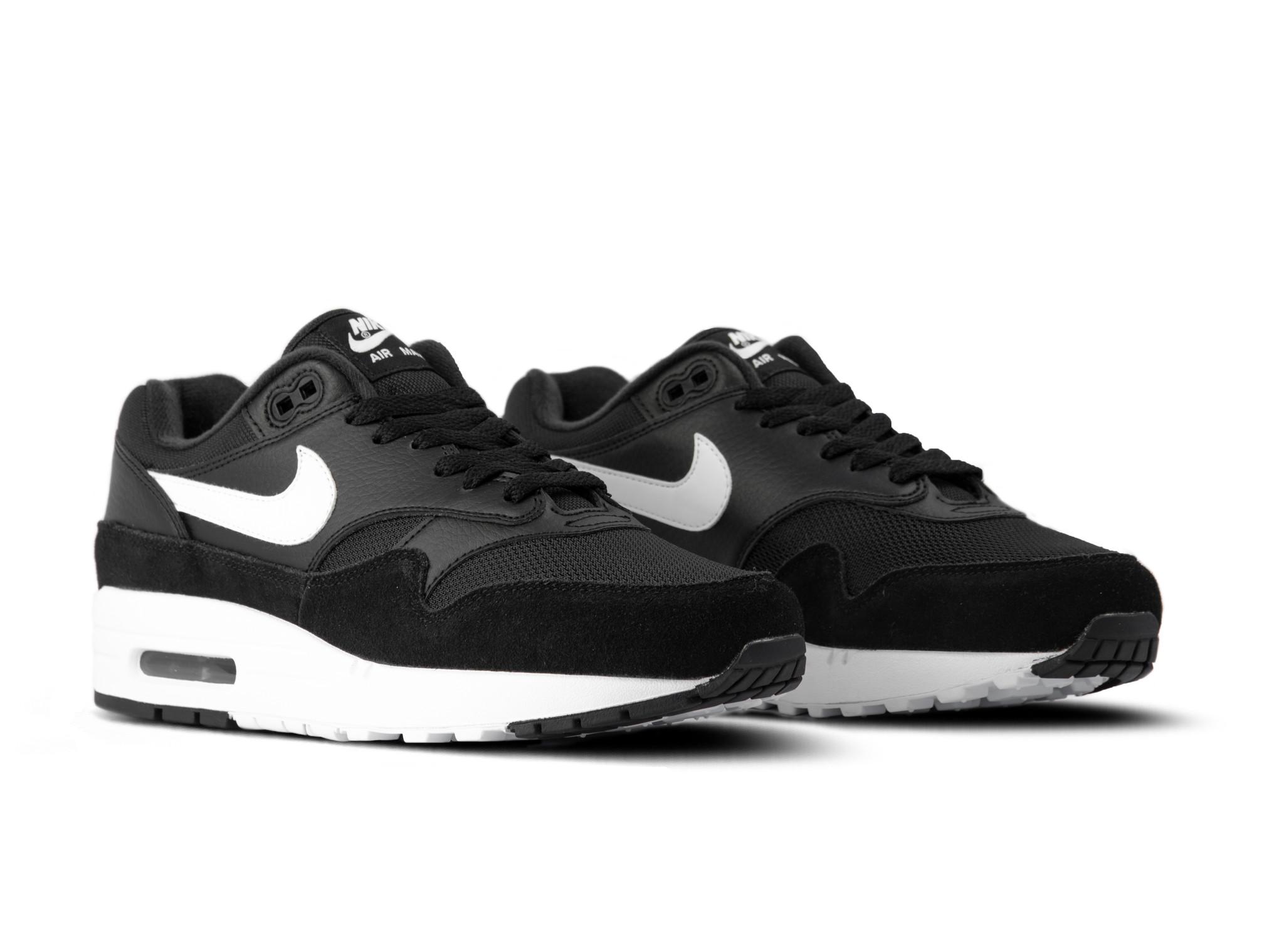 Nike Air Max 1 Black White AH8145 014 | Bruut Online shop