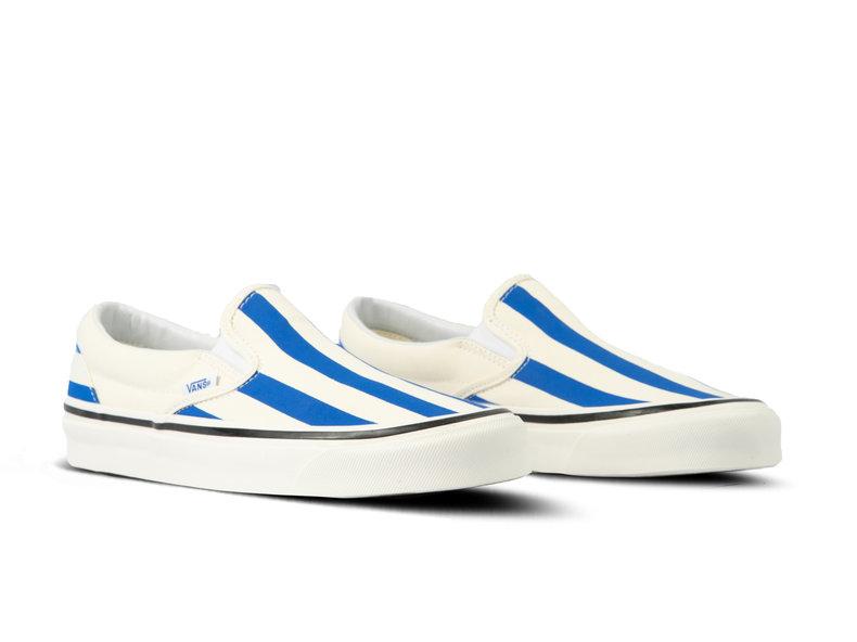Classic Slip On 9 Anaheim Factory OG White Blue VN0A3JEXVN01