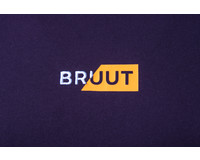 Bruut Rip Box Logo Tee Peach HFD018