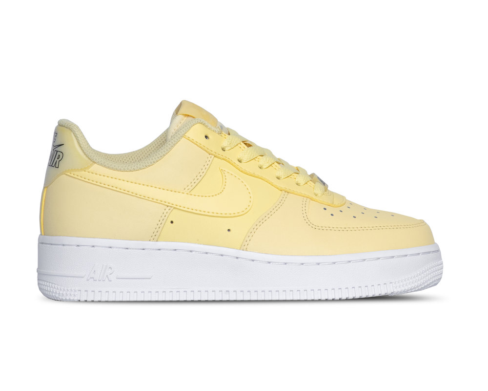 Nike WMNS Air Force 1 '07 Ess Bicycle Yellow Bicycle Yellow AO2132 701