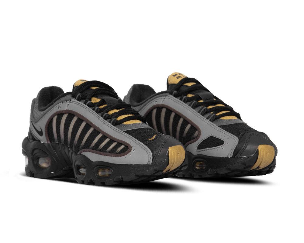 Nike Air Max Tailwind IV Black Black Metallic Pewter Metallic Gold CJ0784 001