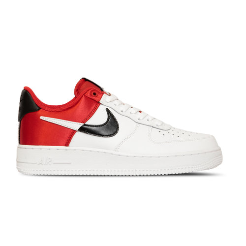 Air Force 1 07 LV8  University Red White Black White  BQ4420 600