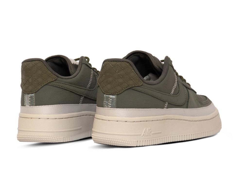 Nike Air Force 1 07 SE  Cargo Khaki Cargo Khaki Desert Sand  AA0287 302