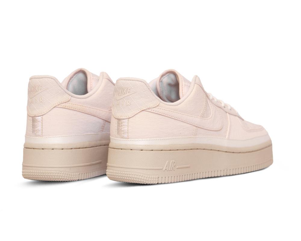 Nike Air Force 1 07 Se  Light Soft Pink Light Soft Pink AA0287 604