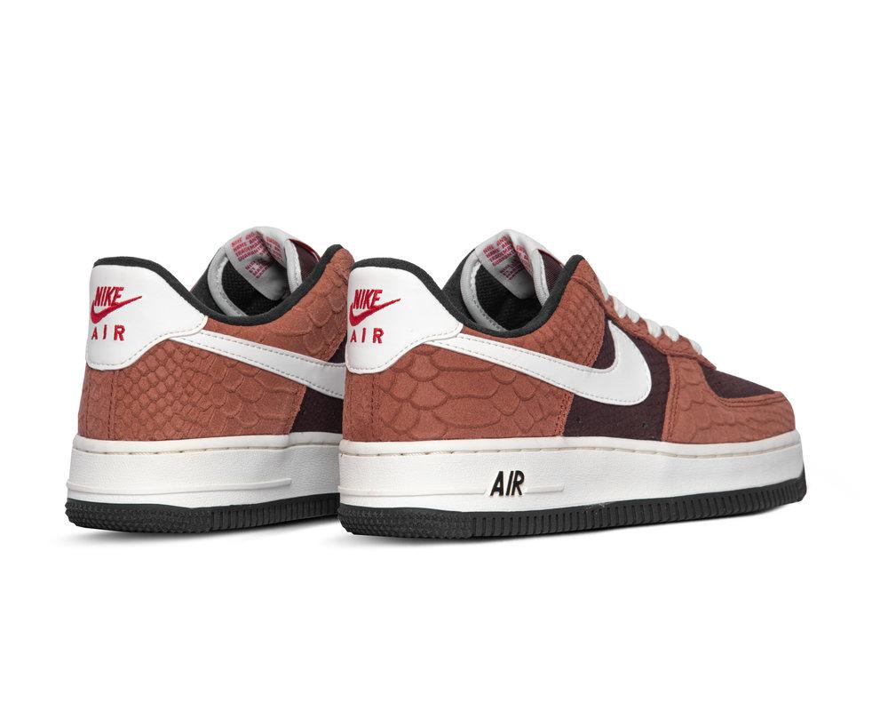 Nike Air Force 1 Premium Red Bark Sail Earth University Red CV5567 200
