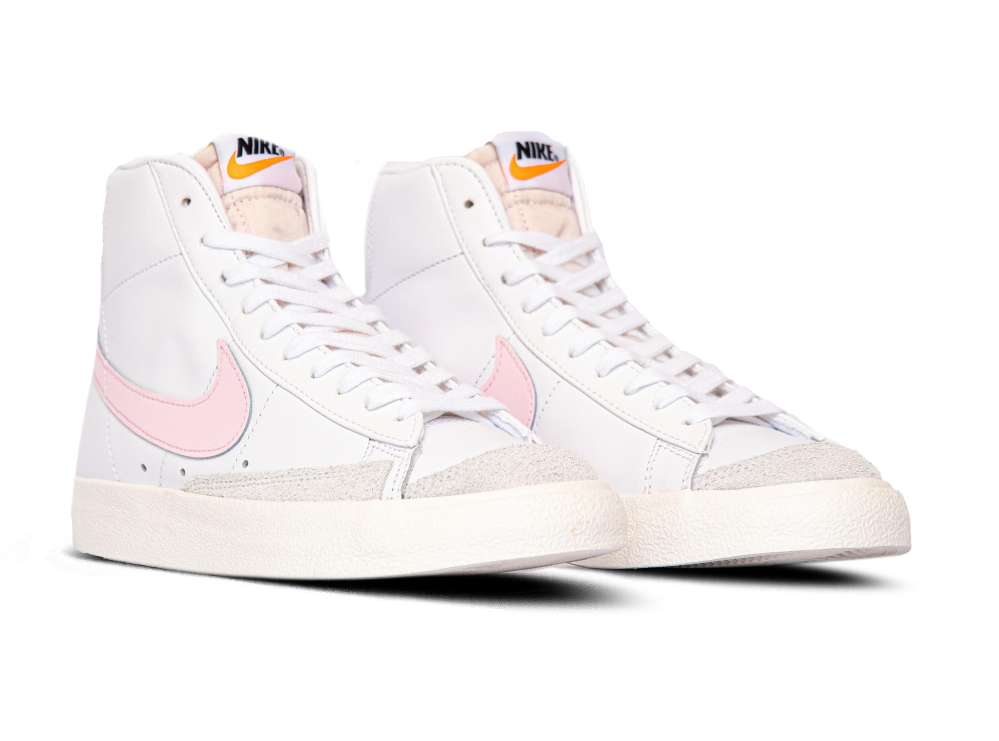 Nike Blazer Mid 77 Vintage White Pink Foam Sail BQ6806 108 | Bruut ...