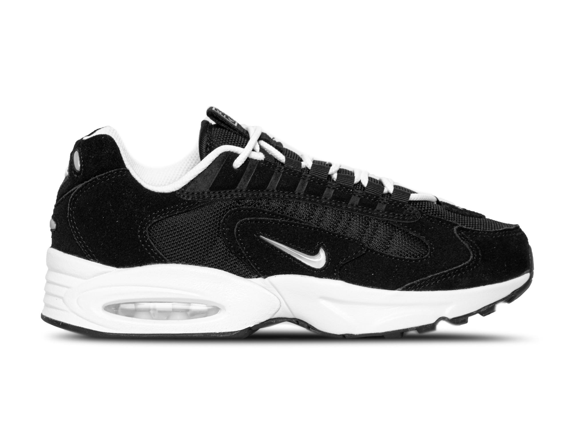 Nike Air Max Bruut Sneakers & Kleding