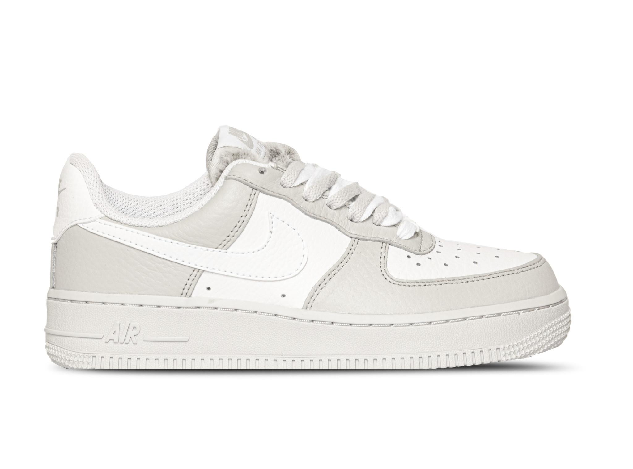 Nike Air Force 1 07 Light Bone White
