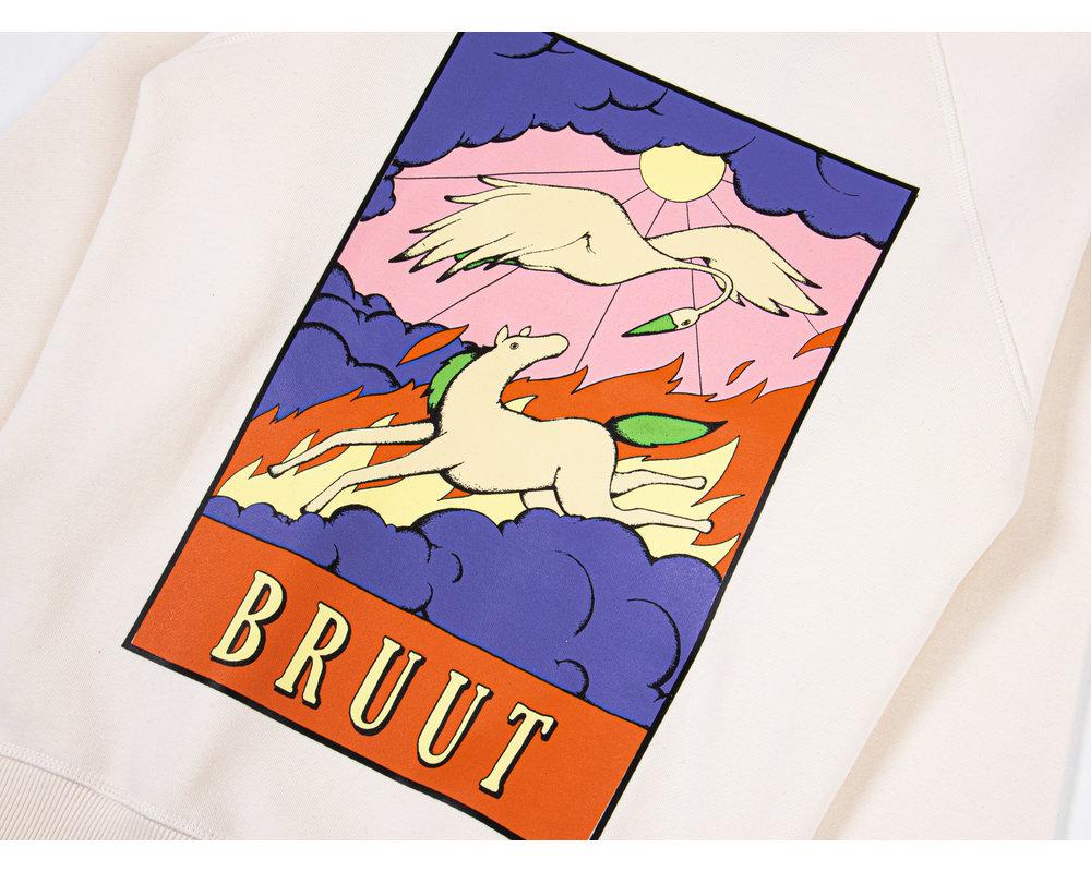 Bruut Gone For Today Crewneck Off White BT1090 002