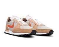 Nike Break Type Light Bone Orange Hemp Driftwoord CJ1156 004