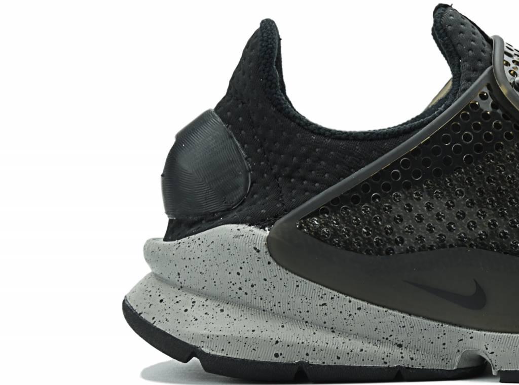 Nike Sock Dart SE Premium BlackWhiteUniversity Red 859553