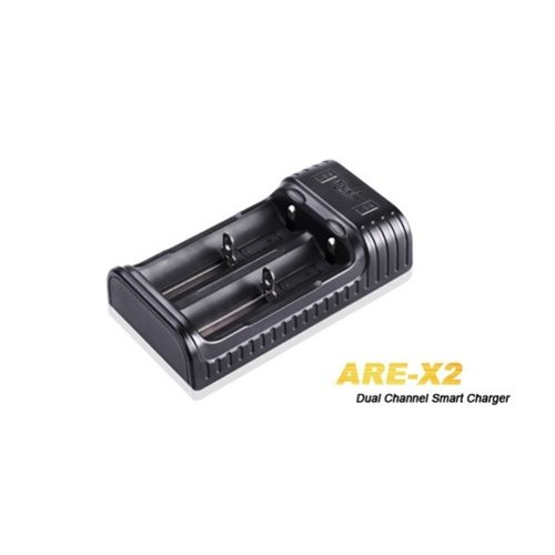 Fenix ARE-X2 Multi Battery Charger (Lader)
