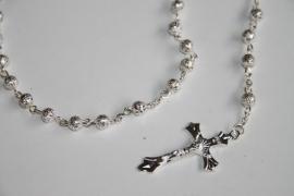 Zilverkleurige rozenkrans
