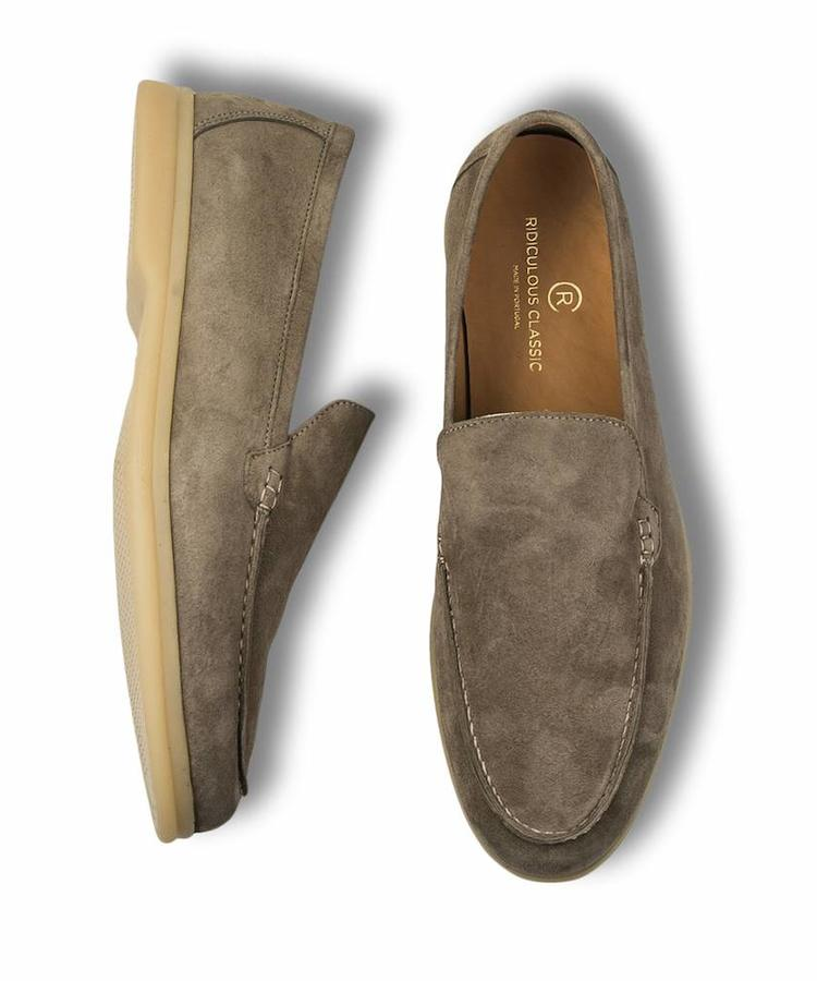 RIDICULOUS CLASSIC RIDICULOUS CLASSIC TAUPE SUEDE MOCCASINS SUMMER WALK