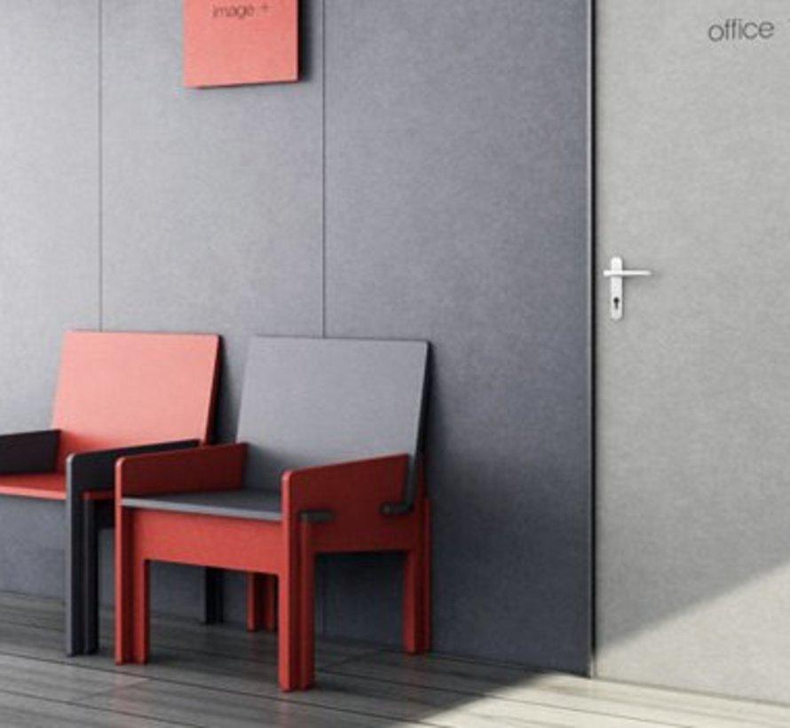 Valchromat® MDF gekleurd rood door en door 19 mm 244 x 61cm