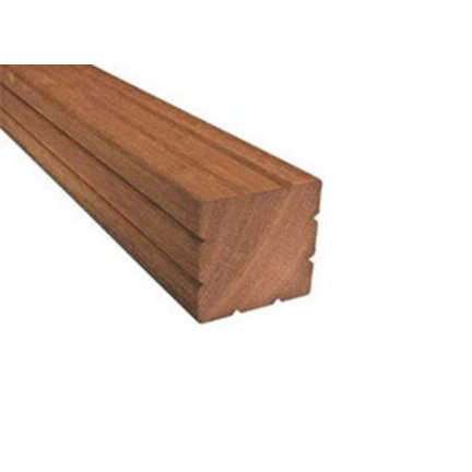 Hardhouten palen voor schutting en hekwerk