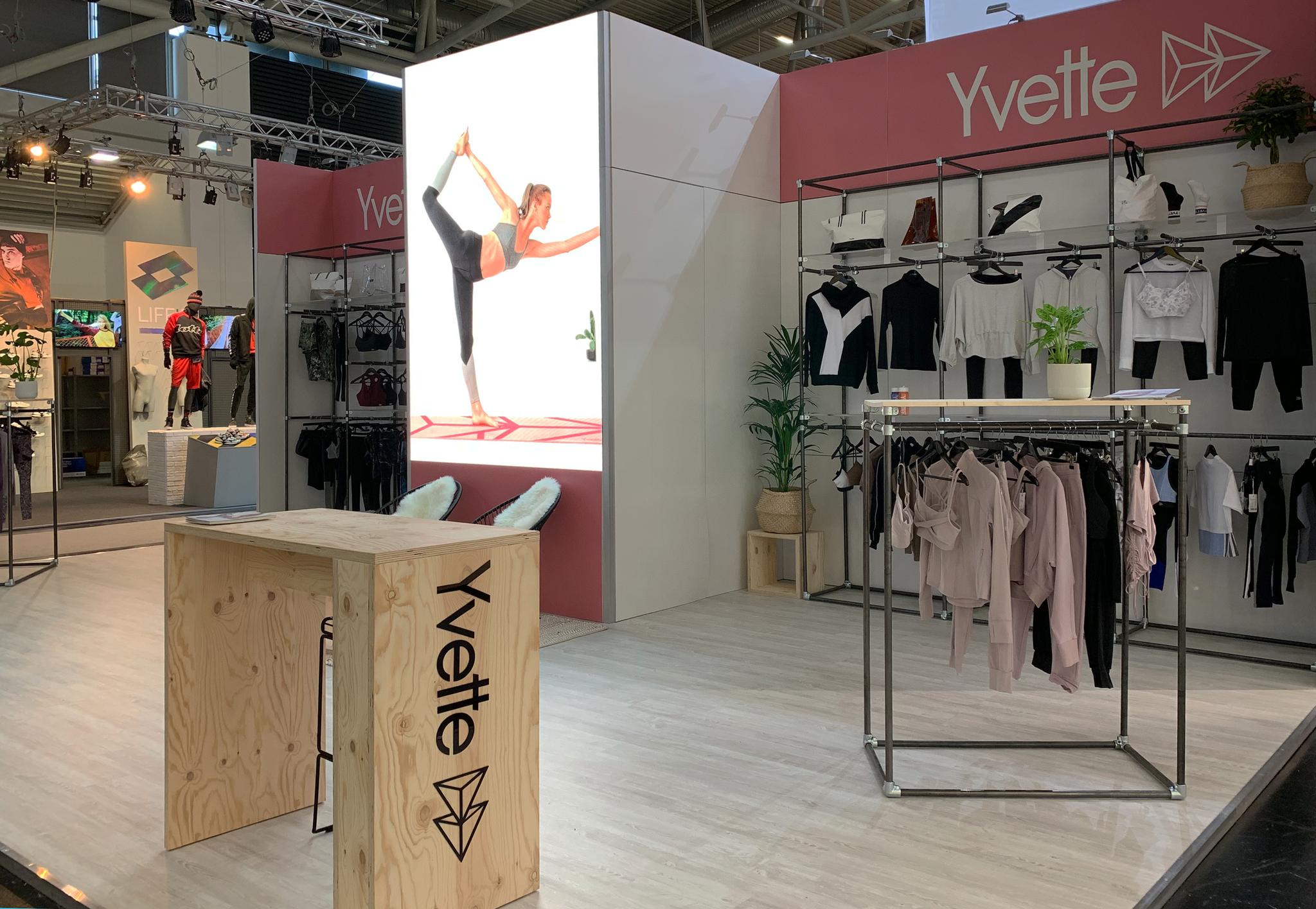 Yvette Sports - Stand ISPO Munich