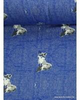 kobaltblauwe sweater met vosjes en tweed achtergrond