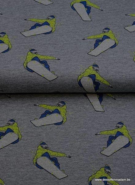 grey snowboard - thin sweater
