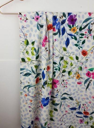 frisse bloemen en bolletjes - Italiaanse viscose tricot