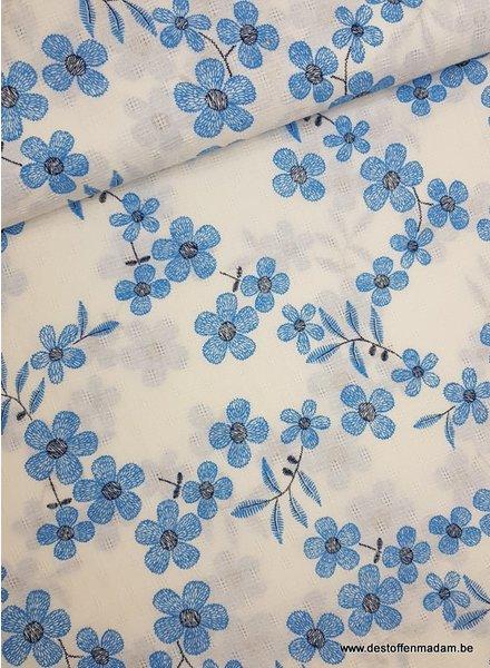 blauwe bloemetjes - mousseline katoen