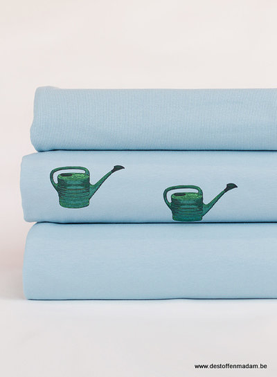 See You at Six watering Cans - Mistblauw - french terry