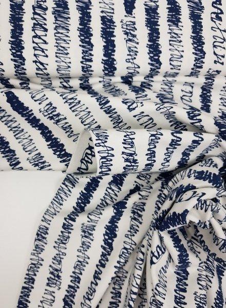 blue draws - tricot