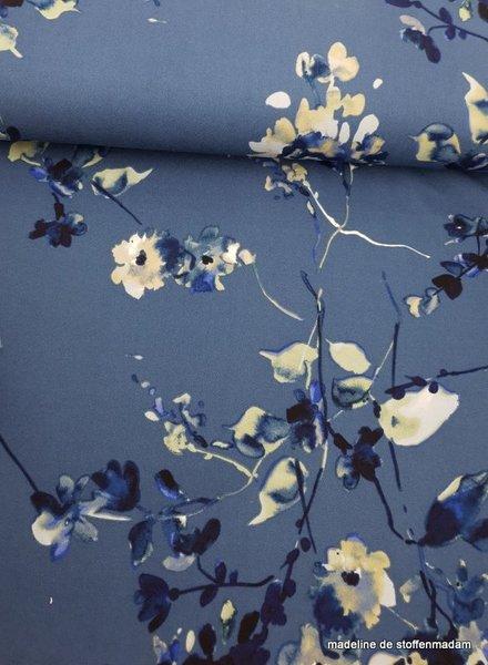 blauw watercolor flowers - scuba crepe
