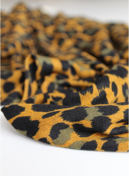 ocre leopard - knitted jersey