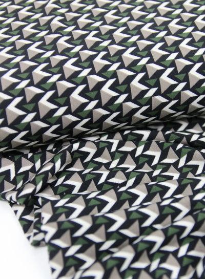 groene driehoekjes - rekbare soepelvallende stof
