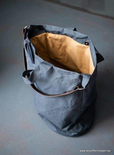 dry oilskin – rust