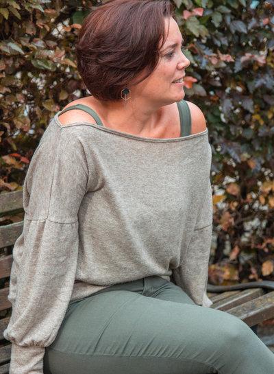Een gebreide Charlene trui