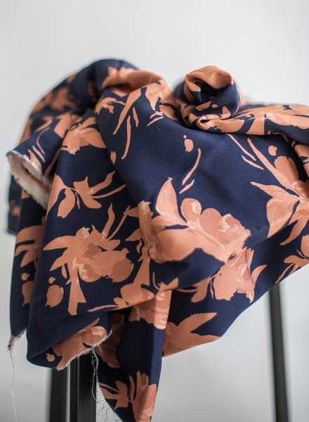 Mind The Maker fall flow navy rose - viscose