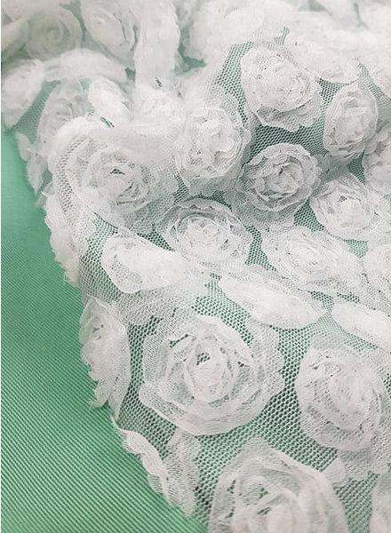 zachte tule met bloemen - communiestof