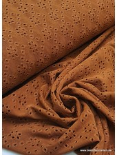 cognac tricot broderie