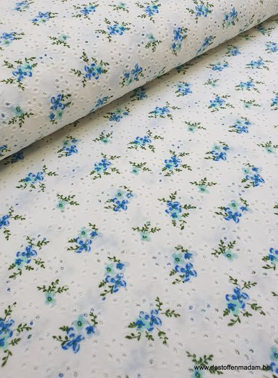 blue embroidery tricot roses