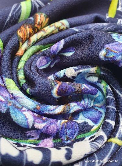 butterflies and flowers - marineblauwe crepe