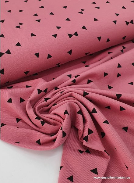 pink - triangle - jersey