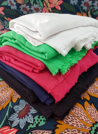 fuchsia geribbelde viscose tricot