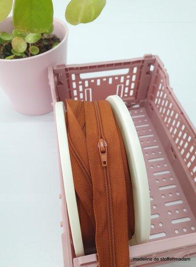 rust endless zipper size 3  with sliders - 1 slider per 50 cm