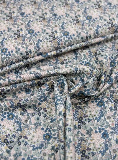 011 paars bloemen - liberty look - cotton lawn