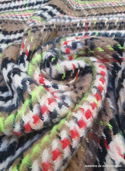 mantelstof - ruiten met een streepje fluo - cotton blend woven jacquard