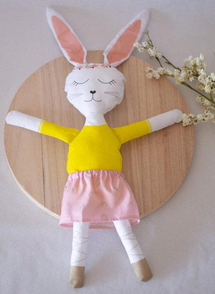 Studio  Stiel sewing kit - rabbit