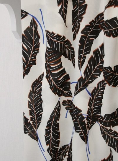 Atelier Jupe White with large leaves - viscose