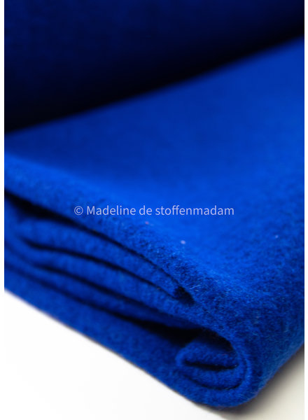 cobalt 650 - boiled wool -