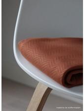 Mind The Maker organic chevron quilt roest  - doorstikte stof