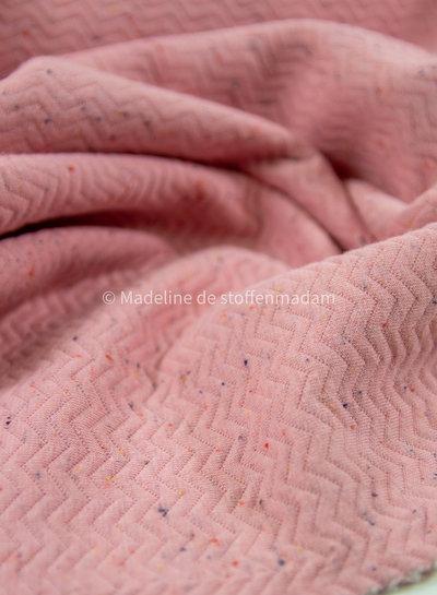 organic chevron quilt pink